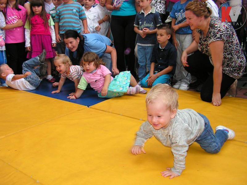Kotor-Varos-konferencija-beba-21