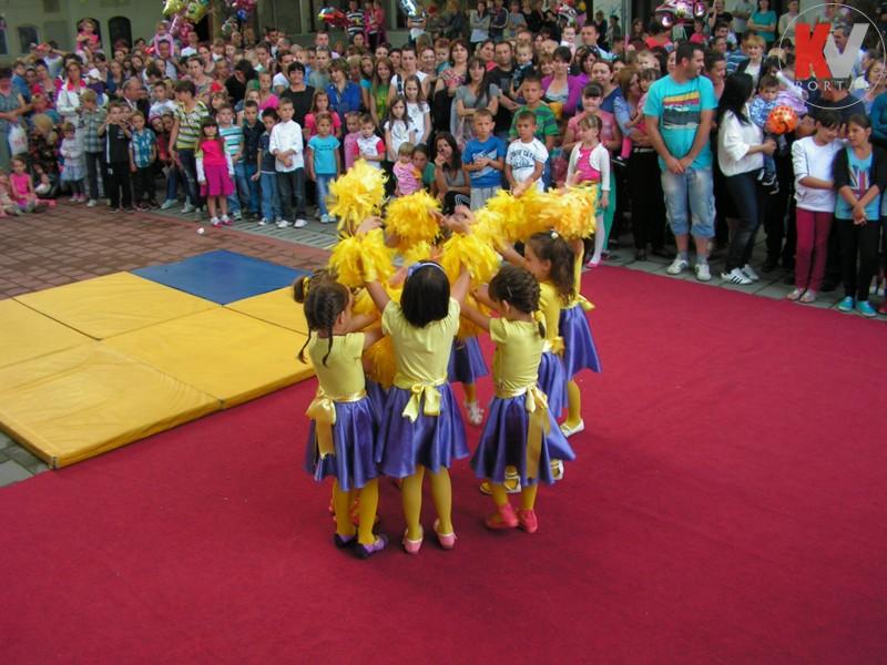 Kotor-Varos-konferencija-beba-6